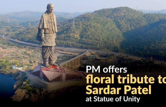 PM offers floral tribute to Sardar Patel at Statue of Unity